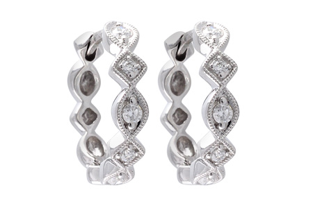 E056-09367: EARRINGS .22 TW